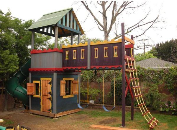 Как построить детский домик на даче своими руками фото